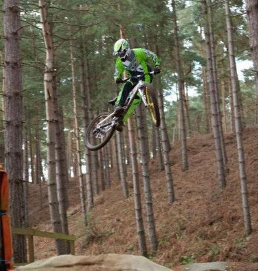 whip - Paul_Brown902 - Mountain Biking Pictures - Vital MTB