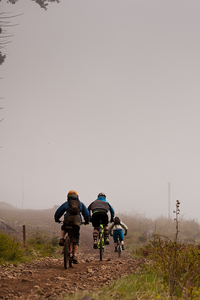 Into the Mist - Oregon Super D Race #1: Hood River - Mountain Biking Pictures - Vital MTB