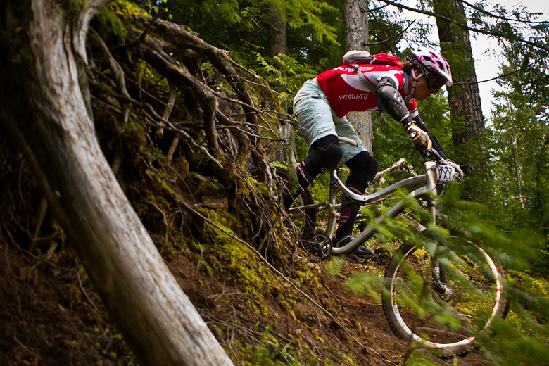 Lindsey Voreis - Oregon Super D Race #1: Hood River - Mountain Biking Pictures - Vital MTB