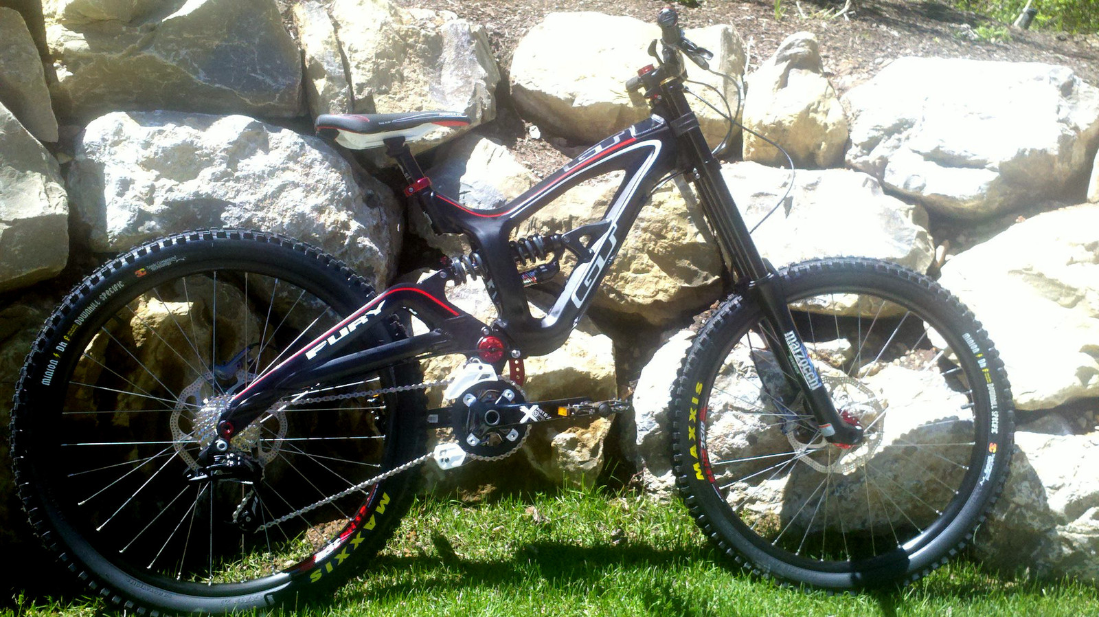Complete GT Alloy Fury DH bike