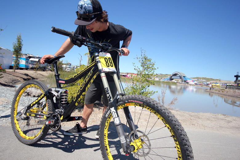 Luke Strobel's Pivot Pheonix DH Bike - Sea Otter Classic Pit Bits - Day 3 - Mountain Biking Pictures - Vital MTB