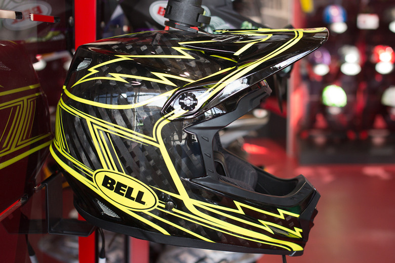 2013 Bell Full-9 Helmet - 2013 Apparel and Protective Wear at Eurobike 2012 - Mountain Biking Pictures - Vital MTB