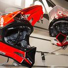 C138_2013_airoh_dh_helmet