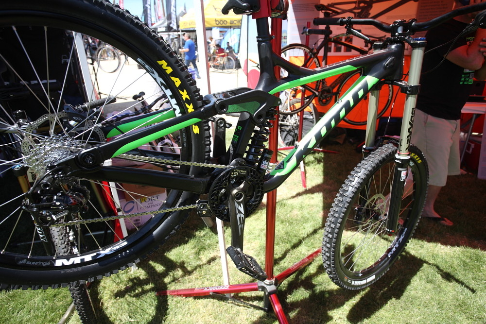 2014 Carbon Kona Operator - Sea Otter Classic - 2013 Sea Otter Classic Pit Bits - 4th Edition - Mountain Biking Pictures - Vital MTB
