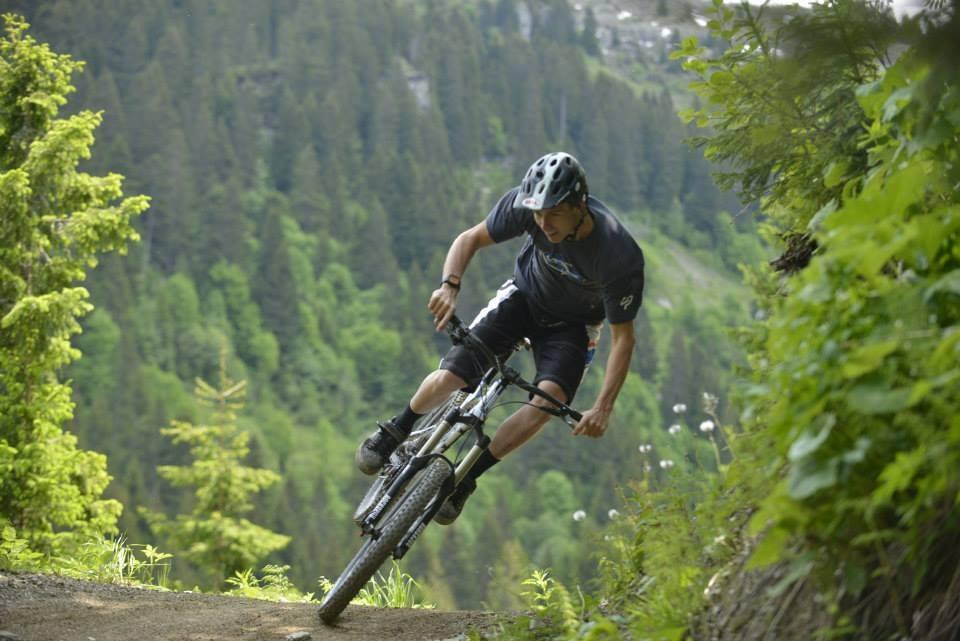 Sam Blenkinsop Rallying - Sneak Peek: Lapierre's 2014 Spicy 650B, Zesty AM 650B, and Zesty Trail 29er - Mountain Biking Pictures - Vital MTB