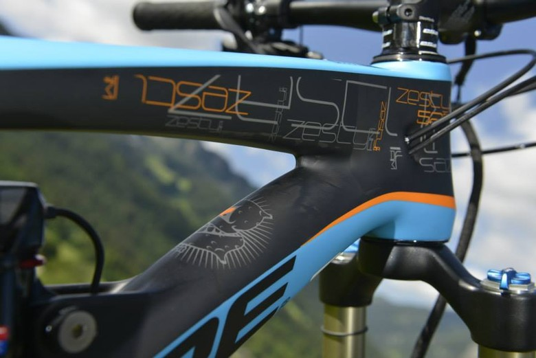 2014 Lapierre Zesty AM 527 Details - Sneak Peek: Lapierre's 2014 Spicy 650B, Zesty AM 650B, and Zesty Trail 29er - Mountain Biking Pictures - Vital MTB