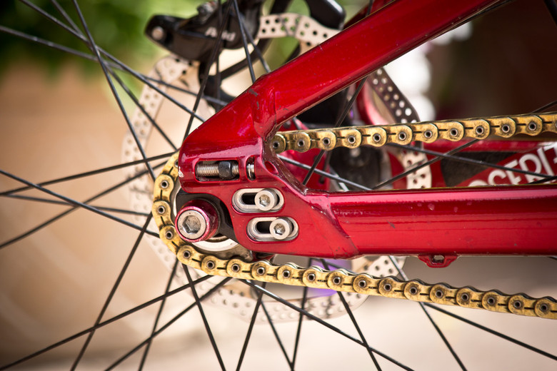 Integrated Chain Tensioners, Bolt-On Hub - Winning Bike: Martin Söderström's Specialized P.Slope - Mountain Biking Pictures - Vital MTB