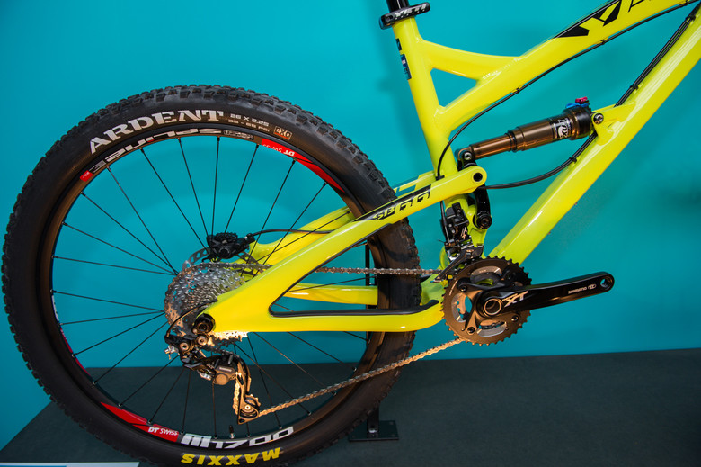 2014 SB66 Carbon rear end - 2014 Trail, All-Mountain & Enduro Bikes at Eurobike 2013 - Mountain Biking Pictures - Vital MTB