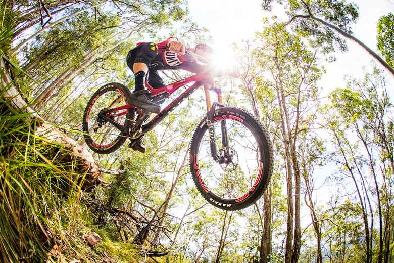 Chris Kovarik on the 2014 Intense Tracer T275 Carbon - Get Drifty! Kovarik Rallying the All-New 2014 Intense Tracer T275 Carbon - Mountain Biking Pictures - Vital MTB