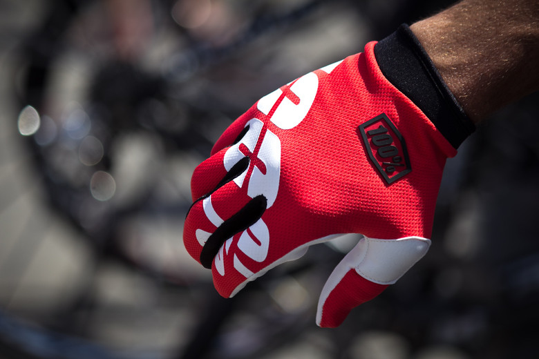 100% iTrack Gloves - Sea Otter Classic - 2014 Sea Otter Classic Pit Bits - Final Edition - Mountain Biking Pictures - Vital MTB
