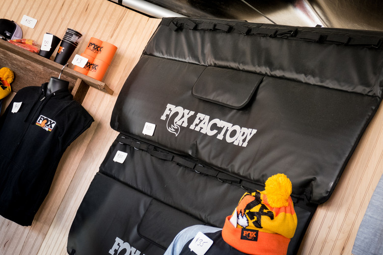 FOX Also Showed A New Padded Tailgate Pad At The Sea Otter Classic It Has Straps For Up To Eight Bikes And Provides Easy Access Your Handle