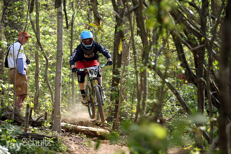 Jay Guidry at ESTU DH - waterdog - Mountain Biking Pictures - Vital MTB