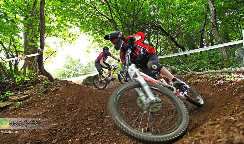 James Chaput and Danny Cesare - Lucas_Alcalde - Mountain Biking Pictures - Vital MTB