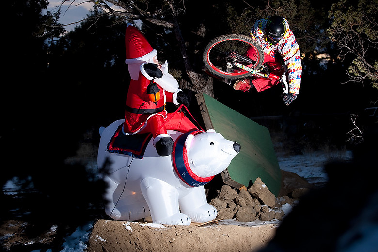 Snow and Santa - Sven Martin - Mountain Biking Pictures - Vital MTB