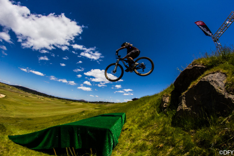 Carolynn Romaine Practice Jump - Yuroshek - Mountain Biking Pictures - Vital MTB