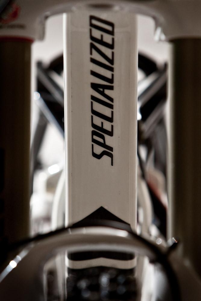 Demo 8 - Naz0 - Mountain Biking Pictures - Vital MTB