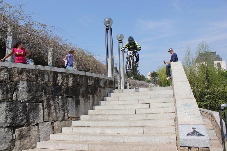 Urban race big jump to stairs - DoubleCrownKing - Mountain Biking Pictures - Vital MTB