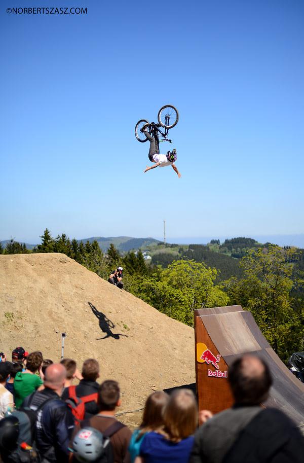 Cameron Zink - Backflip suicide nohander - NorbertSzasz - Mountain Biking Pictures - Vital MTB