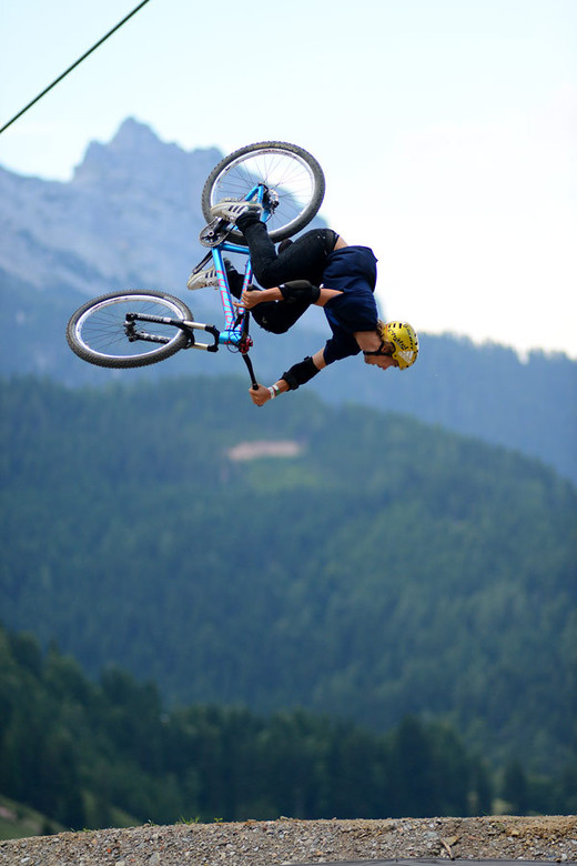 Peter Henke - NorbertSzasz - Mountain Biking Pictures - Vital MTB