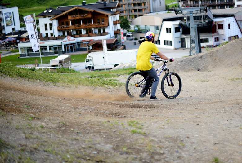 Pavel Alekhin Riding Brakeless at 26Trix - NorbertSzasz - Mountain Biking Pictures - Vital MTB