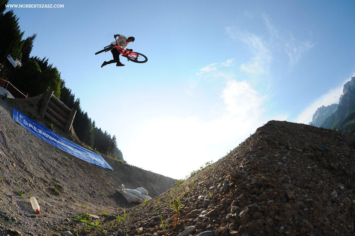 Brett Rheeder - NorbertSzasz - Mountain Biking Pictures - Vital MTB
