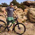 C138_sunny_with_bike