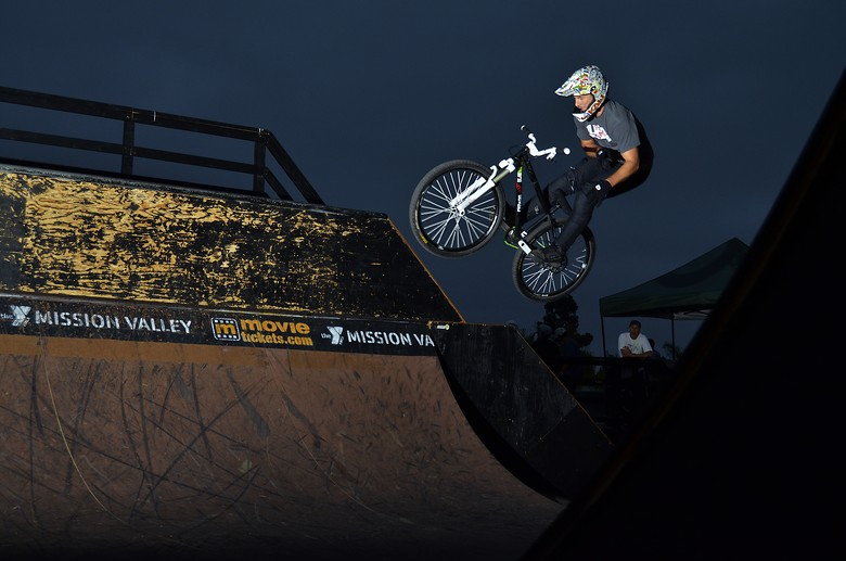 barspin  - whiteboy116j - Mountain Biking Pictures - Vital MTB