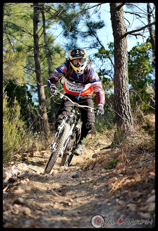DSC 2879r-border - Cyril Charpin - Mountain Biking Pictures - Vital MTB