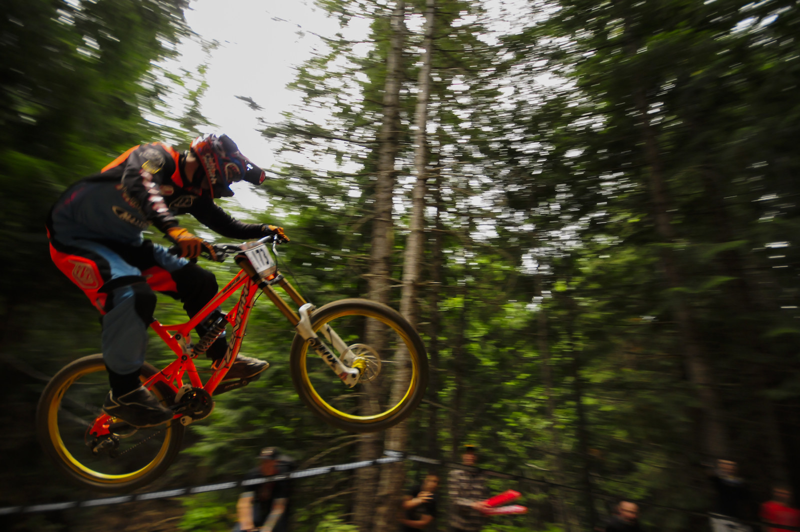 fox air dh - ezefaccio - Mountain Biking Pictures - Vital MTB