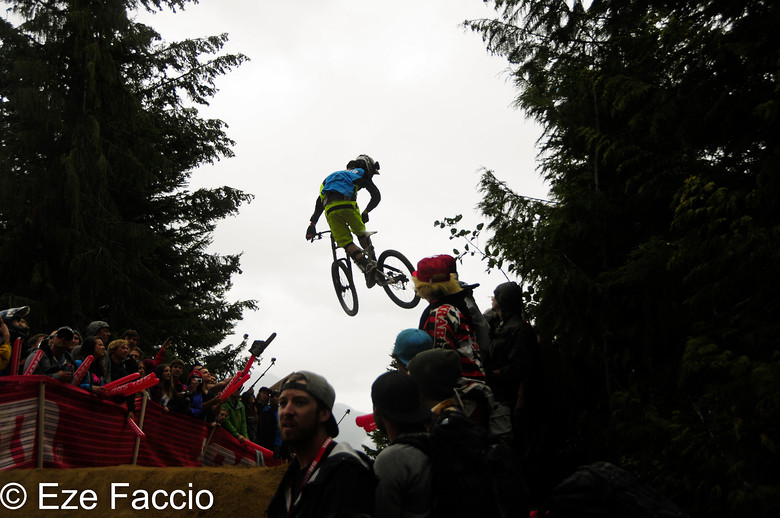 Manu Seewald whip of the wolrd - ezefaccio - Mountain Biking Pictures - Vital MTB