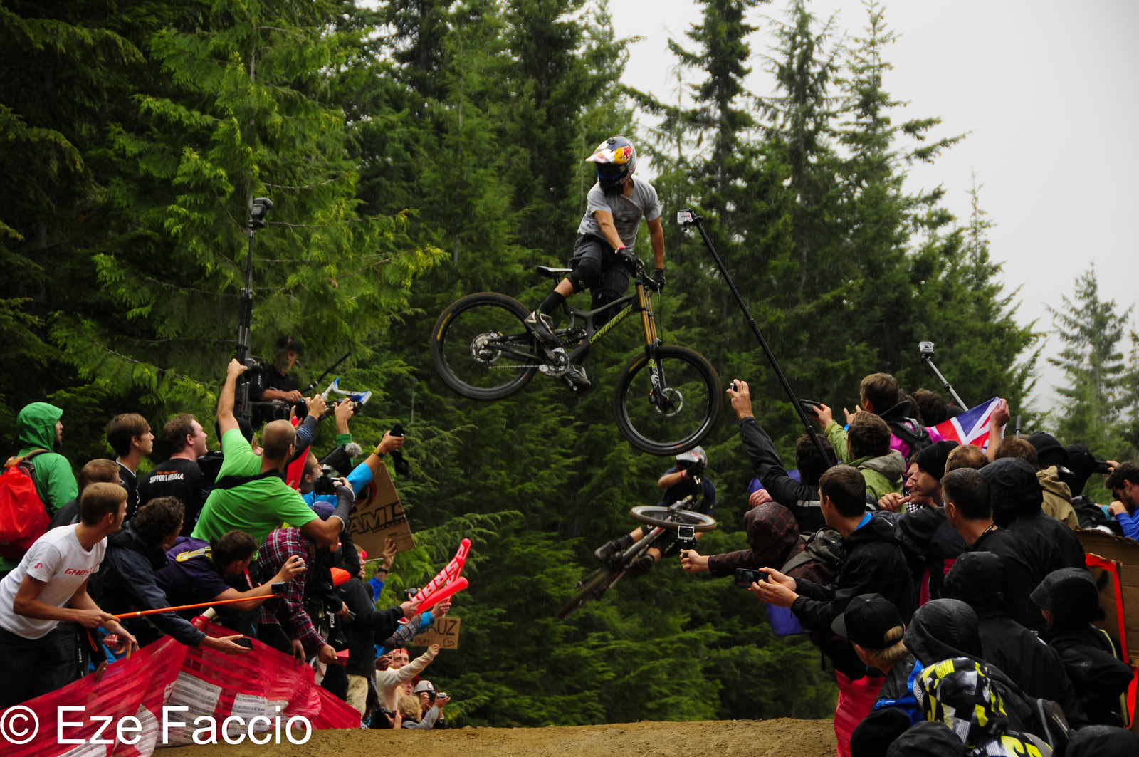 Bernardo Cruz #1 whip of the wolrd - ezefaccio - Mountain Biking Pictures - Vital MTB