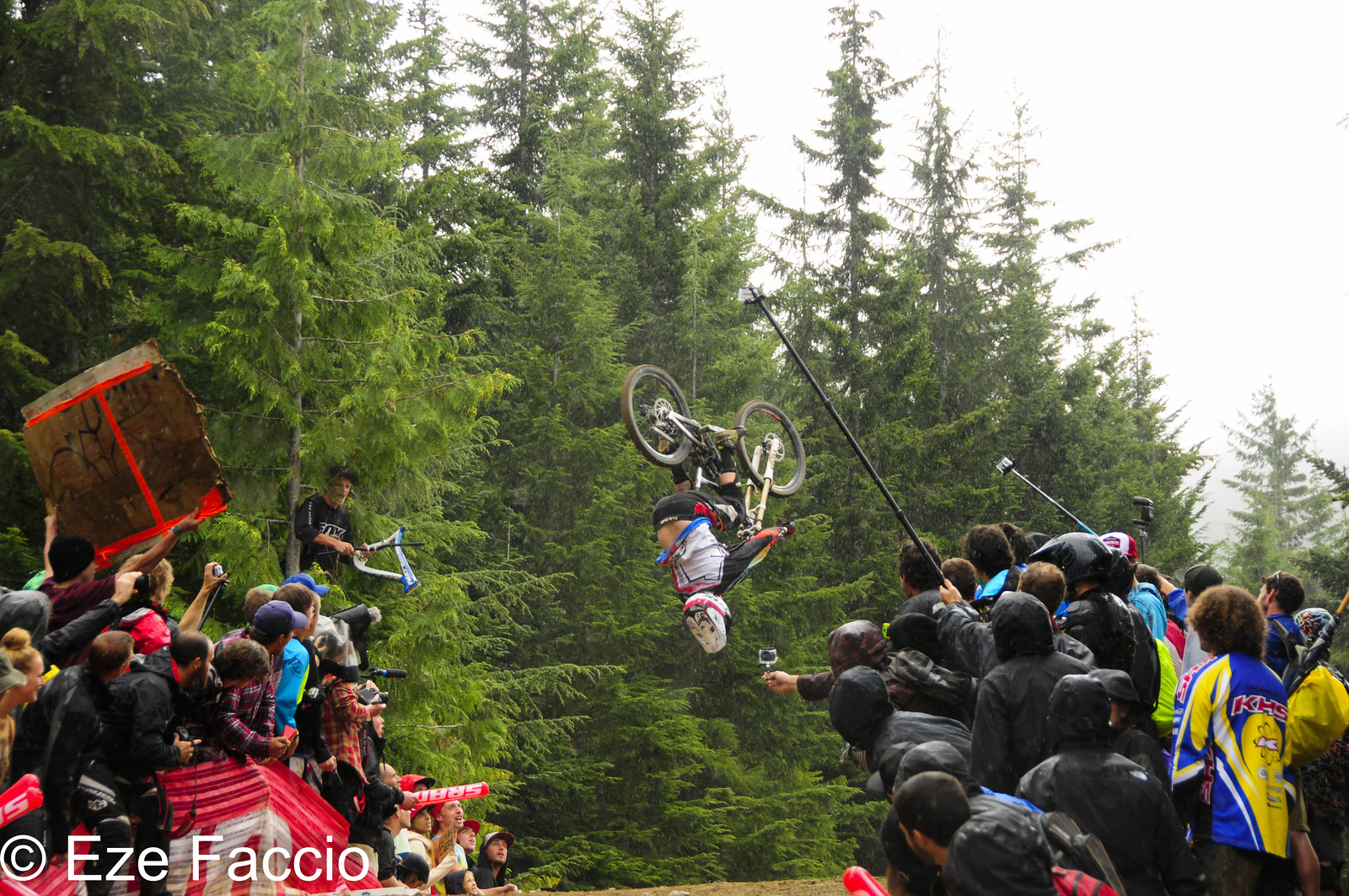 Backflip... not whip - ezefaccio - Mountain Biking Pictures - Vital MTB