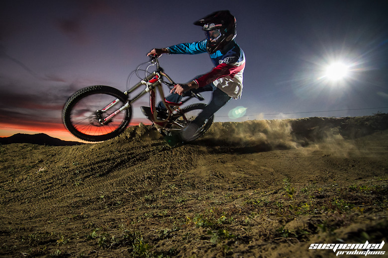 Escaping the Aliens!   - suspended-productions - Mountain Biking Pictures - Vital MTB