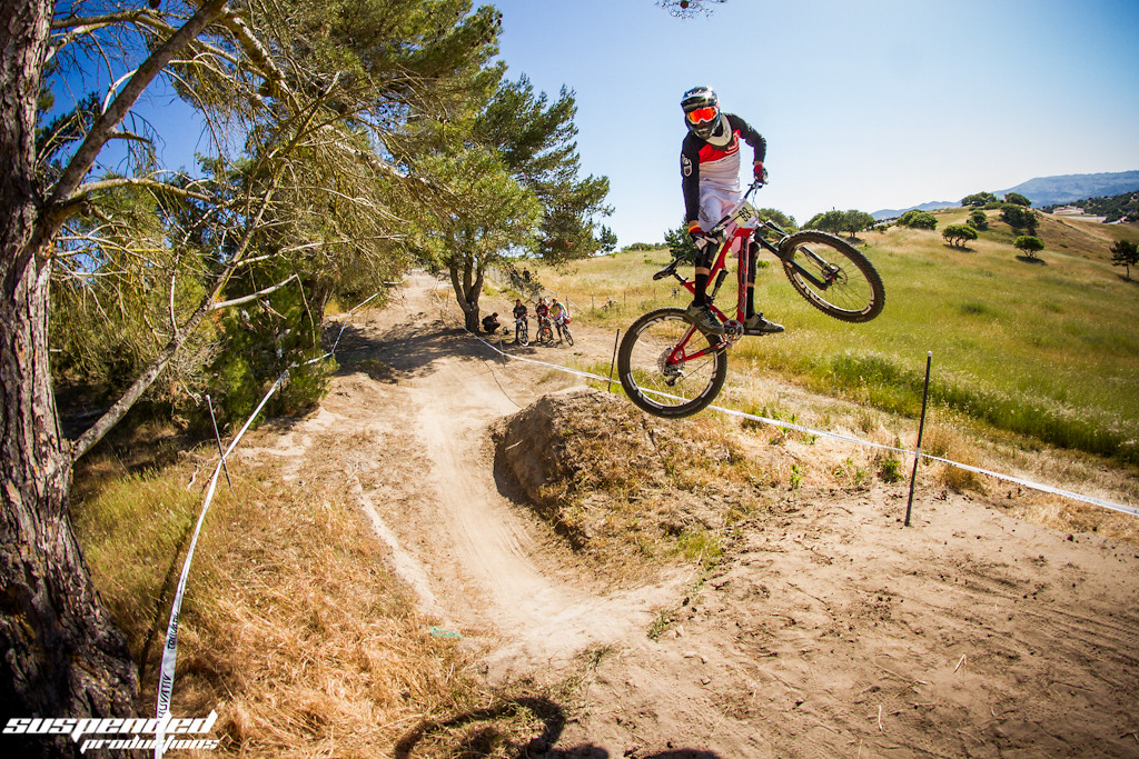 Andrew Van Zuyen on an Intense Carbine 27.5  - suspended-productions - Mountain Biking Pictures - Vital MTB