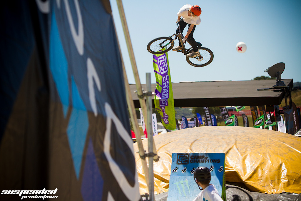 360 to Airbag Slam - suspended-productions - Mountain Biking Pictures - Vital MTB