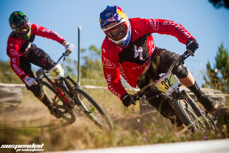 Aaron Gwin and Troy Brosnan Pinned at Sea Otter Classic - suspended-productions - Mountain Biking Pictures - Vital MTB