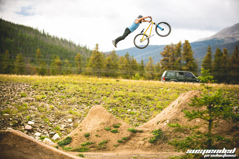 Superman - suspended-productions - Mountain Biking Pictures - Vital MTB