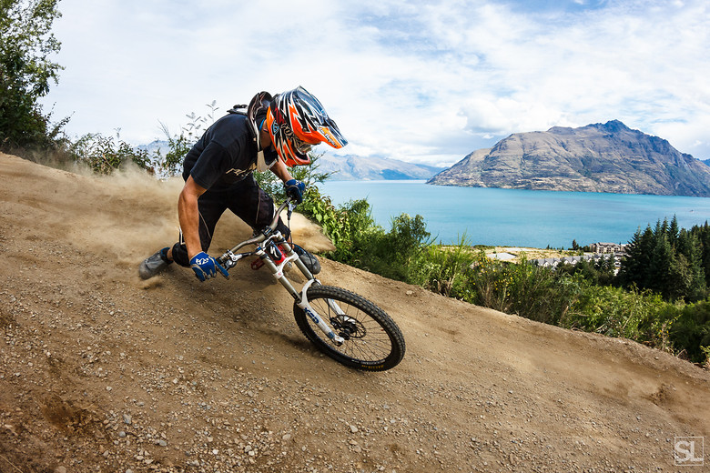 Shredding berms in Queenstown - Chamakazi - Mountain Biking Pictures - Vital MTB