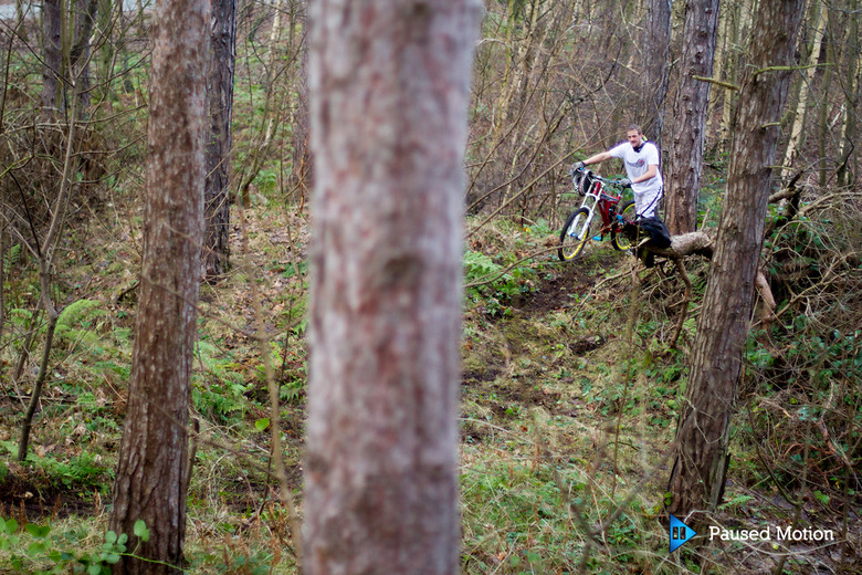 surveying the trail - Cagphoto - Mountain Biking Pictures - Vital MTB