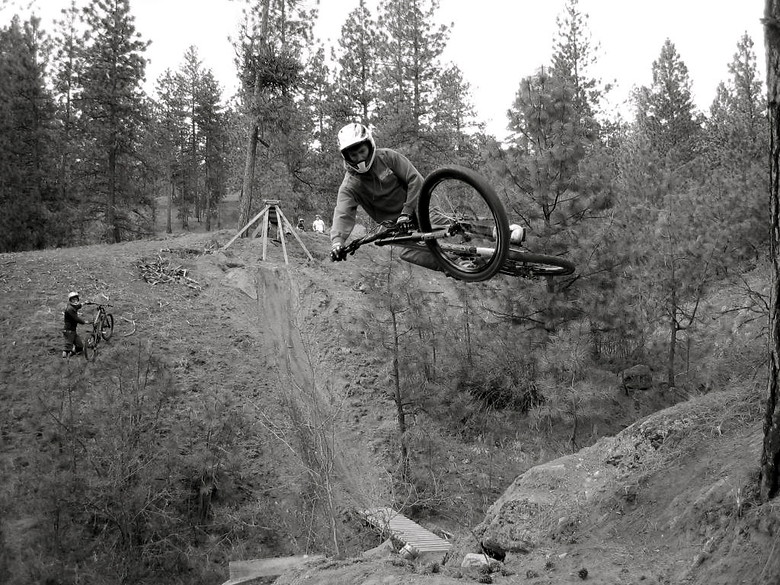 Beaconcrew - abrahamson1 - Mountain Biking Pictures - Vital MTB