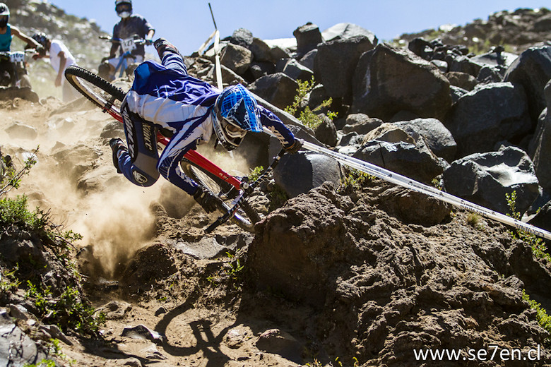 Nevados de Chillan Crash - se7en.cl - Mountain Biking Pictures - Vital MTB