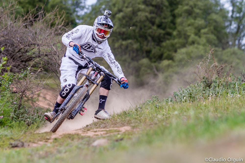 IM 2046 - se7en.cl - Mountain Biking Pictures - Vital MTB