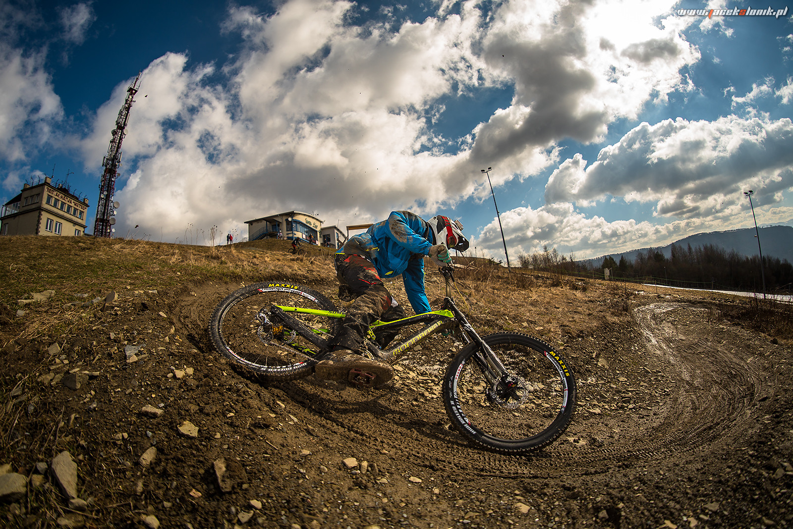 Berm! - JacekSlonik - Mountain Biking Pictures - Vital MTB