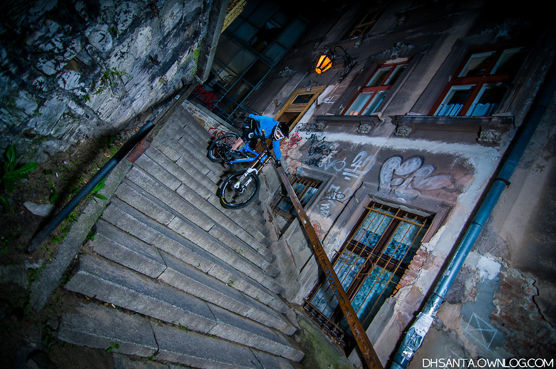 Night downstairs - damian.jaromin - Mountain Biking Pictures - Vital MTB