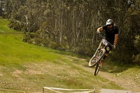 S200x600_thredbo_ryan_pinnell_riding