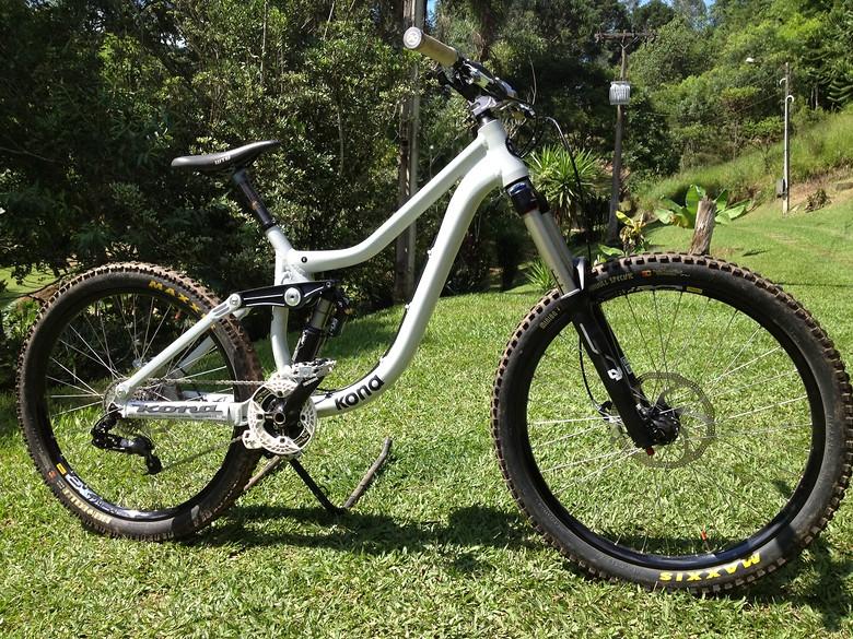 Custom 2012 Kona Entourage Deluxe Balog S Bike Check Vital Mtb
