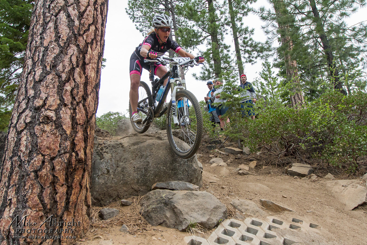 Tina Brubaker - 2012 Oregon Enduro Series Race #1: Bend - bikesales - Mountain Biking Pictures - Vital MTB