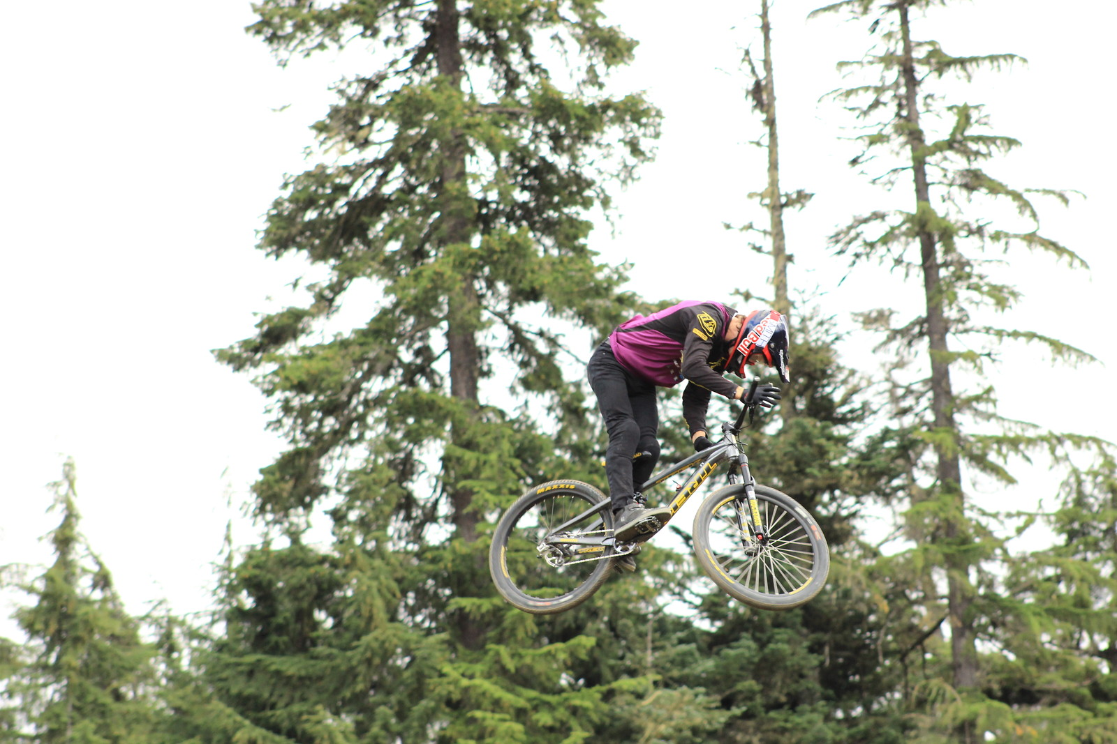 Brandon Semenuk - el_guapo_goro - Mountain Biking Pictures - Vital MTB