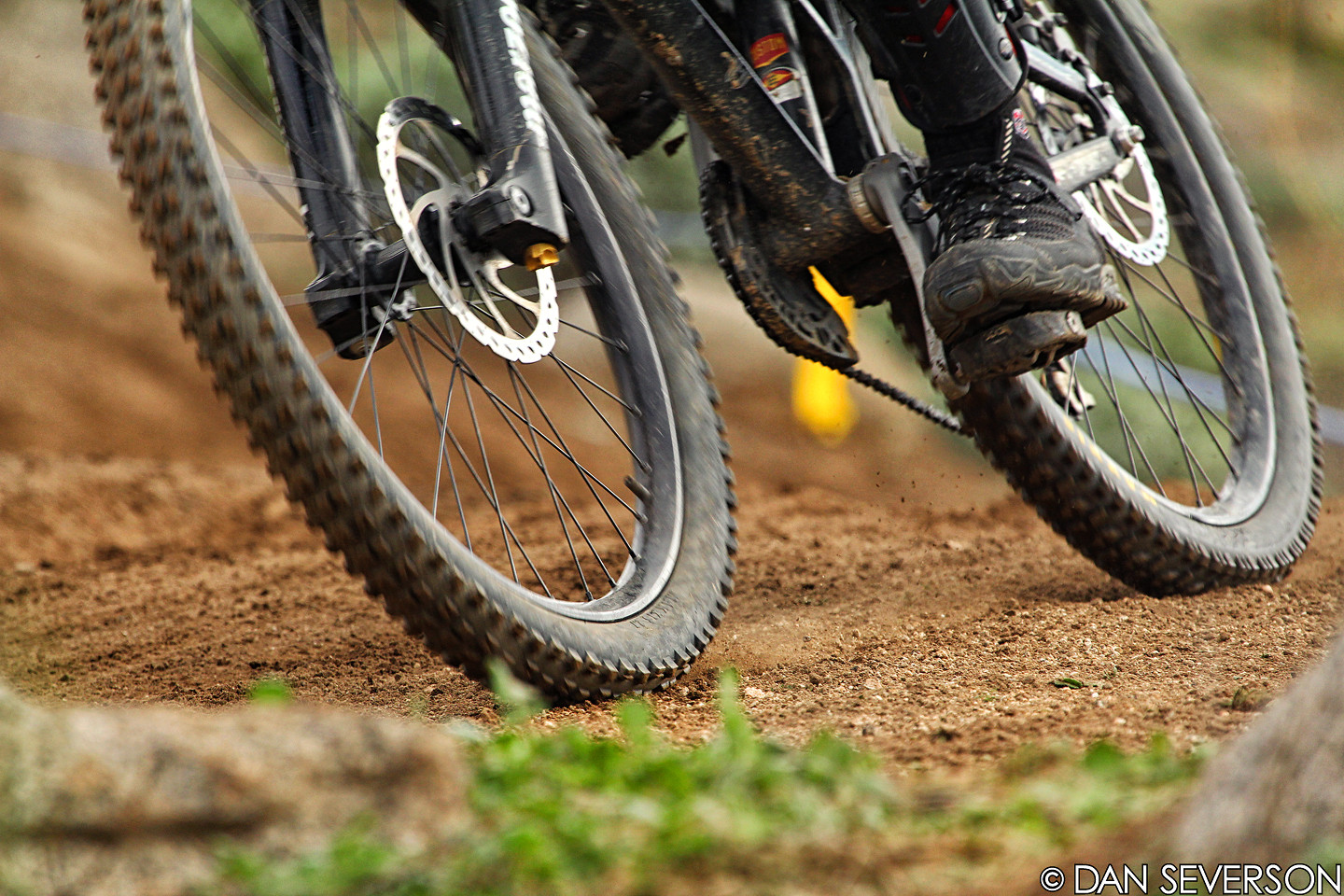 Railing Turns - danseverson photo - Mountain Biking Pictures - Vital MTB