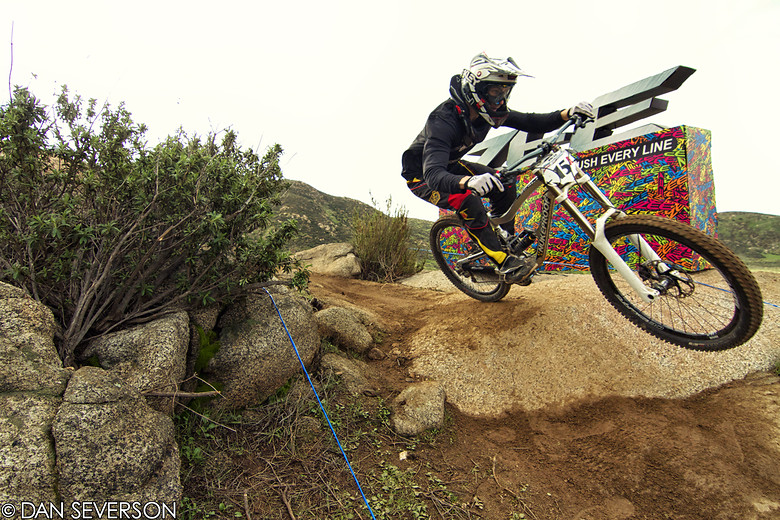Ryan Egusquiza Race Run Fontana - danseverson photo - Mountain Biking Pictures - Vital MTB